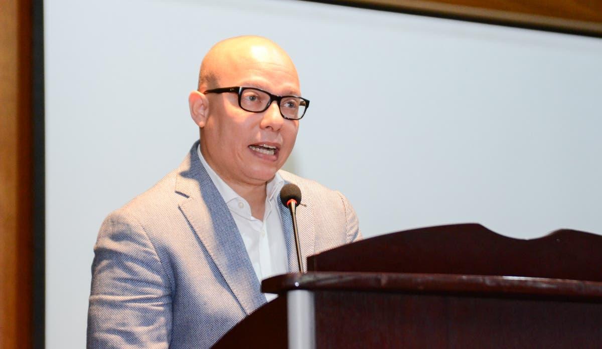 Víctor Gómez-Valenzuela, vicerrector de Investigaci[on y Vinculación del INTEC.