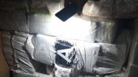 La operación fue realizada en el Puerto de Haina en el marco del plan antinarcóticos que llevan a cabo en el país.