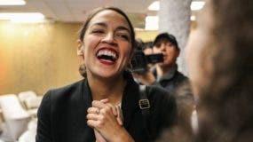 Alexandria Ocasio-Cortez es la mujer más joven elegida para el Congreso de EE.UU.