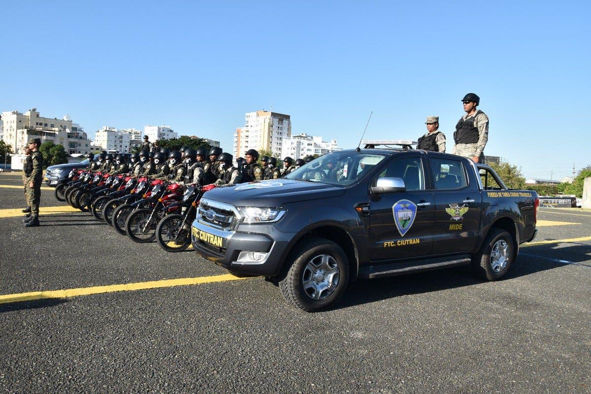 Más de tres mil agentes de la Policía refuerzan seguridad en las calles con motivo del «Viernes Negro»