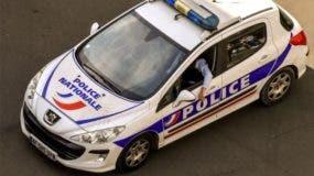 La policía francesa arrestó este martes a cuatro miembros de la familia del niño por su presunta implicación.