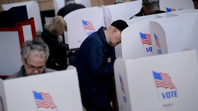 voters_voting_ballot