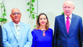 Milton Ray Guevara, Rafael Pérez Modesto, Gina Magnolia Riaño, Rafael Alburquerque y Winston Santos.