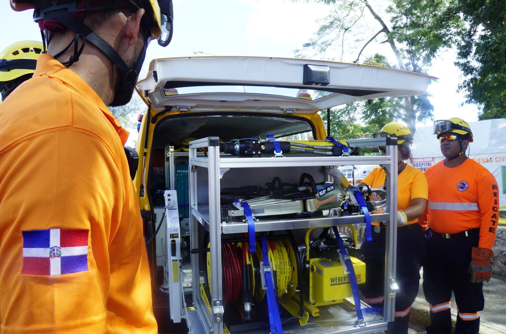 Los equipos de extricación vehicular fueron donados por el gobierno de Japón.  Elieser Tapia