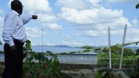 El  gas que empezó a emanar en la excavación de un pozo para agua a una profundidad mayor a 140 pies Villa Tapia. Foto: Elieser Tapia