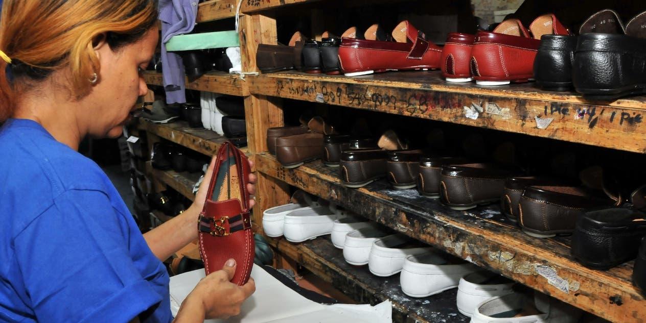 Exportaciones calzados bajan 10% por reducción de demanda