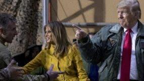 El presidente Trump viajó  acompañado de su esposa Melania.