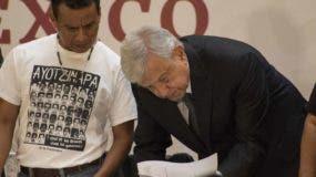 El presidente Andrés Manuel López Obrador firmó su primer decreto de responsabilidad.