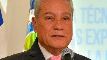 Nelson Toca, ministro de Industria y Comercio.