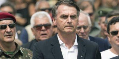 El presidente  Jair Bolsonaro  extendió su veto a Cuba.