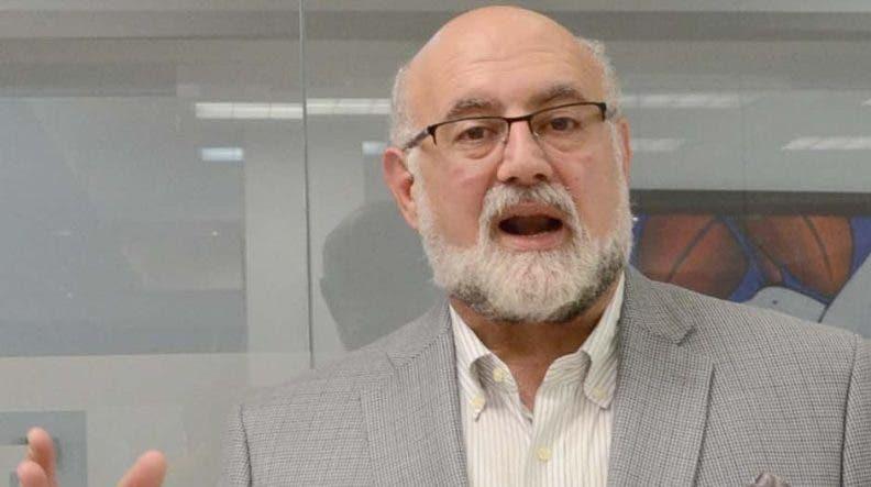 Omar Chahín, presidente de la empresa Air Century.  De Léón