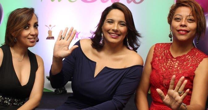 Elisa Tavárez, Elizabet Gutiérrez y Santa de la Cruz, durante el encuentro.
