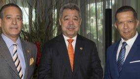 Rienzi Pared Pérez, Orión Mejía y Reyes Guzmán.