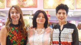 Rosa M. Jiménez, Loly Sánchez y Mariela Coss.