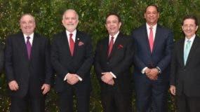 Los miembros de la Junta Monetaria durante el agasajo de Navidad.