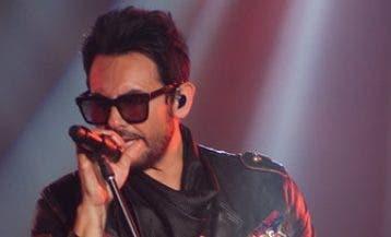 Beto Cuevas durante su actuación en el Jaragua.