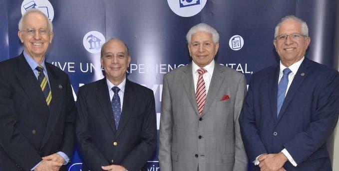 Ernest Burri, Wayne Humphreys, Víctor Méndez Capellán y Víctor Virgilio Méndez.