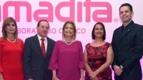 Jackeline González, Carlos Robledo Restrepo, Patricia González de Bergés, Belkis Billini y Gabriel Grau.