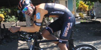 El pedalista Welinton Carela en plena acción.   Alberto Calvo
