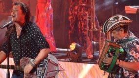 El cantante Carlos Vives deleitó a  sus fans de Puerto Plata con su música .  FUENTE EXTERNA