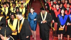 El Ministerio de la Juventud otorgó  248 becas para postgrado.