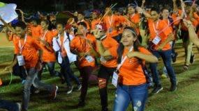 El júbilo caracterizó la ceremonia de clausura de los Juegos Nacionales   en Salcedo, Hermanas Mirabal.  Alberto Calvo.