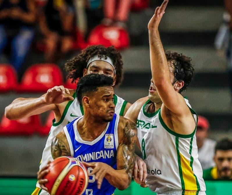 La acción es del partido en RD y el equipo de Brasil.