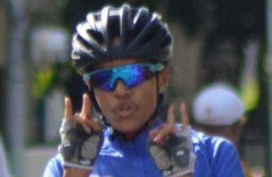 Ruth Elisa Santana  llega a la meta en una modalidad.