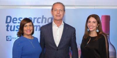 Austria Gómez, Javier Schoendorff y Silvia Rosales.