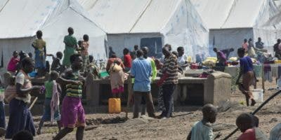 El pacto busca aliviar las presiones de los países que acogen refugiados, autosuficiencia  y regreso seguro a  naciones de origen.