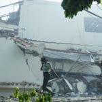 Al menos dos personas se reportan heridas por la explosión en una fábrica de plásticos en Villas Agrícolas, Foto: Elieser Tapia.
