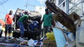 Es notoria la recogida de basura luego de Nochebuena.  ELIESER TAPIA