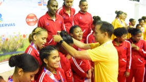 edi-medina-premia-oro-baloncesto