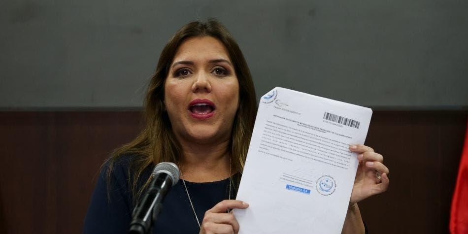 María Alejandra Vicuña,