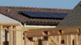 California se convirtió en el primer estado de Estados Unidos que exigirá que las viviendas construidas a partir del 2020 tengan sistemas fotovoltaicos.