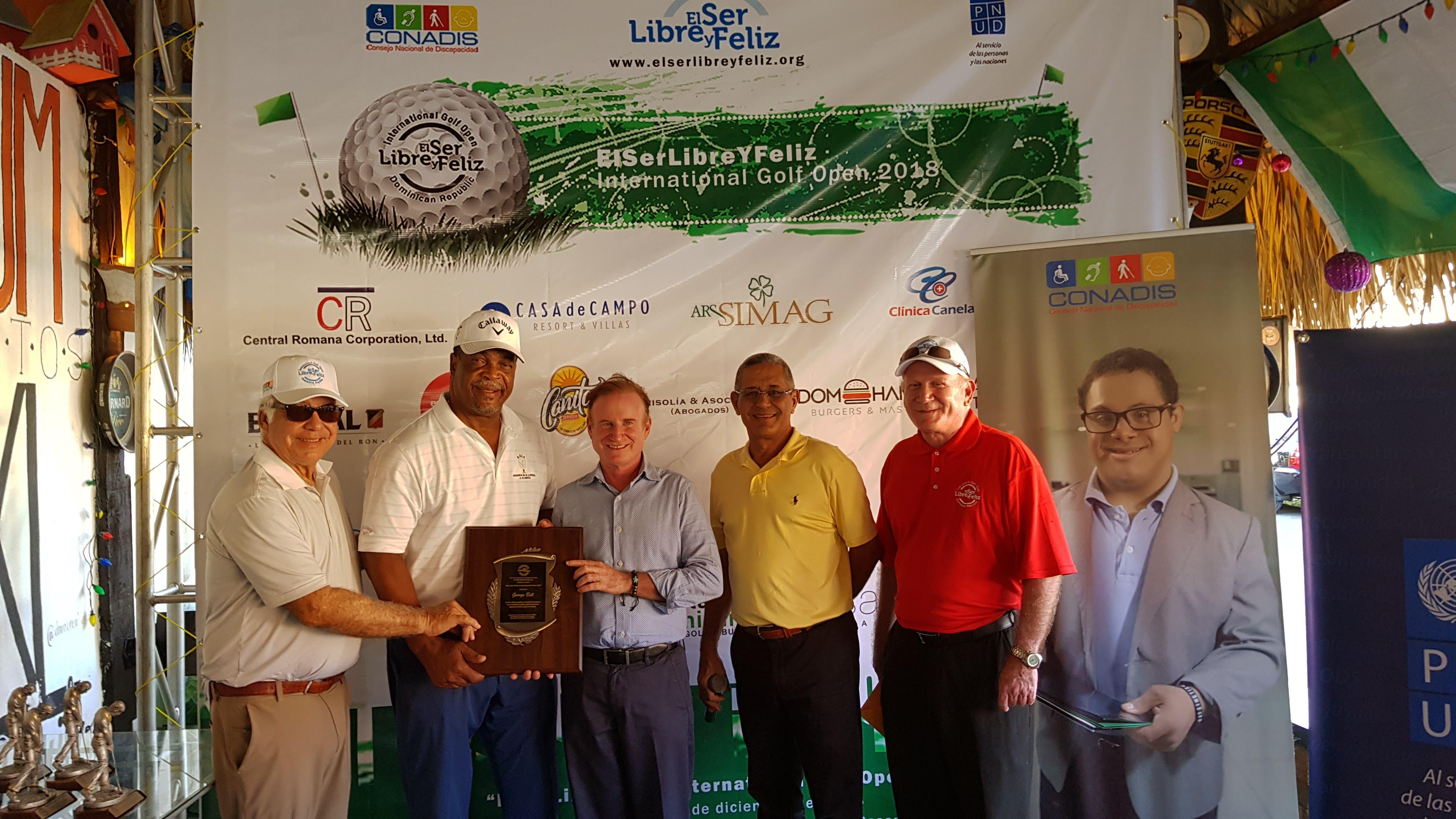 Sampson se corona campeón en  «ElSerLibreYFeliz Internacional Golf Open 2018»