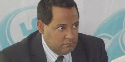 William  Rosario, presidente de Fenabanca.