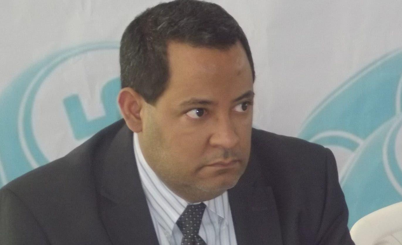William Rosario, presidente de Fenabanca.