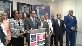 El ministro Andrés Navarro se reunió hoy con la presidenta de la ADP.