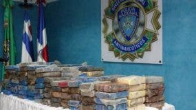La droga fue decomisada en una vivienda de Azua.