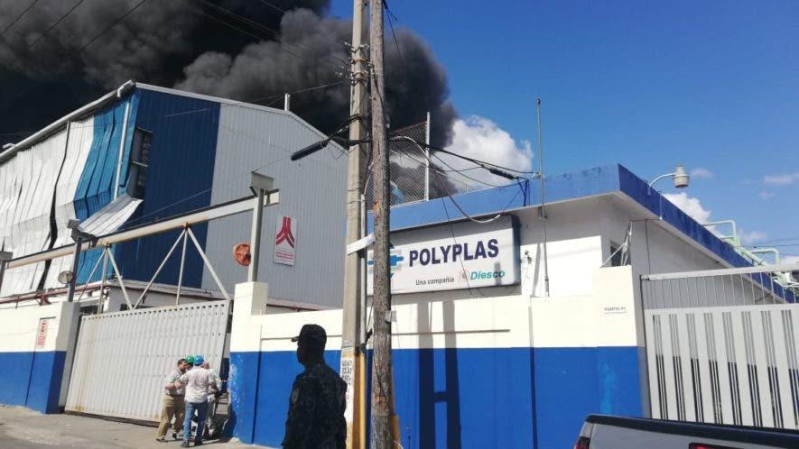 La explosión se escuchó a varios kilómetros de distancia. Hay varios muertos y más de una veintena de heridos.