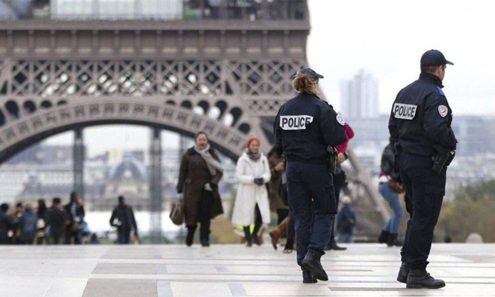 Encarcelada una joven de 18 años por querer atentar en una iglesia en Francia