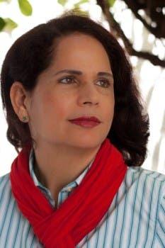 AGN presentará a Charamicos, novela de Ángela Hernández