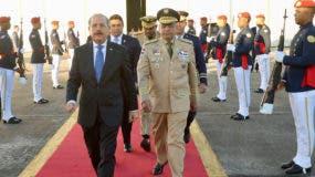 El presidente Danilo Medina viajó por la Base Aérea de San Isidro.
