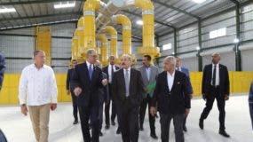 El presidente Medina recorrió el complejo junto a funcionarios del Gobierno y autoridades de la provincia.