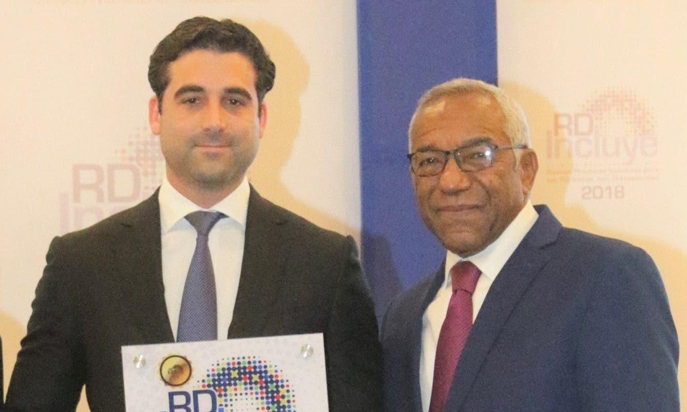 Multinacional ERC recibe sello por prácticas inclusivas en RD