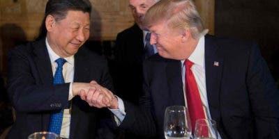 Donald Trump y el líder chino Xi Jinping .