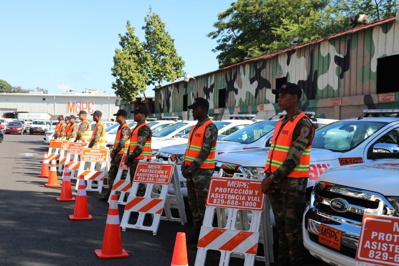 Obras Públicas reforzará autopistas y carreteras durante fin de semana largo