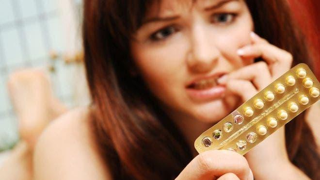 Algunas mujeres deciden tomar la píldora sin receso, para evitar la menstruación y los dolores menstruales.