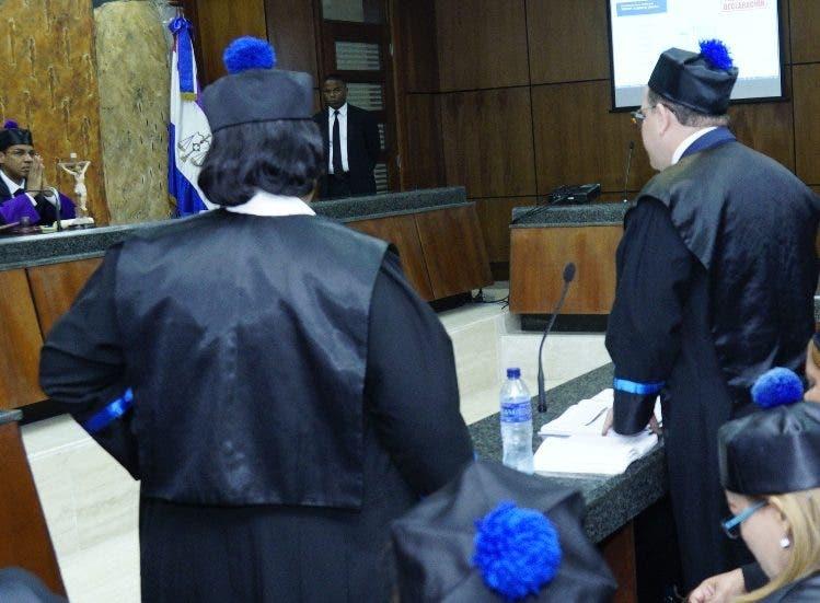 Representantes del Ministerio Público exponen sus criterios sobre el expediente por sobornos.